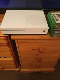 Xbox one S 500gb New