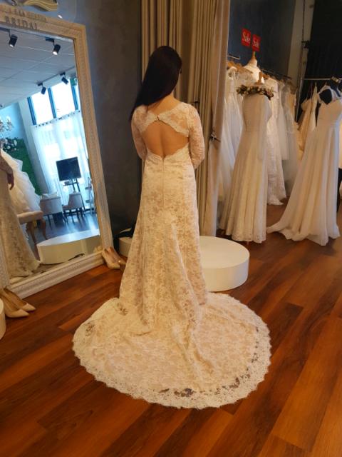 Lace Keyhole Back Wedding Dress For Sale Wedding Gumtree