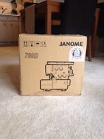 789D Janome Serger ... A quilters dream!!!