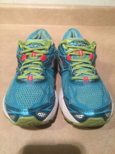 Women's Brooks Ravenna 5 DNA Running Shoes Size 9 London Ontario image 6