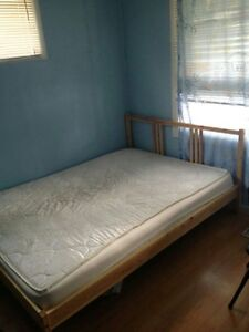 one room,, central A/C, Josephine/University, private parking