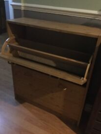 Oak effect shoe cabinet excel cond