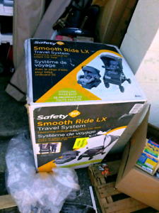 Safety 1st Smooth Ride Hello Honey Travel System.