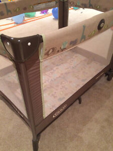 Graco Pack & Play Playpen in new condition