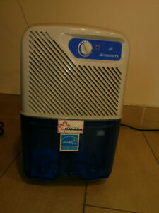 DE Humidifier,, Simplicity Energy Star