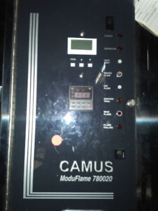 CAMUS HEATING BOILER 1.4 MILLION BTUH, C/W- 5 FT OF PIPING, PUMP