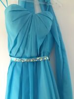 Robe bleue taille small. 120$