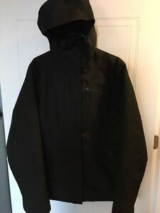 Black North Face women's winter jacket, size LARGE