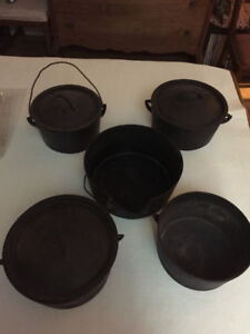 5 Cast Iron Pots