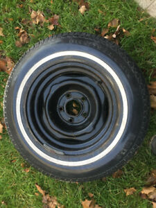 One Snow Tire (Motomaster) 195-75-14 on Steel Rim
