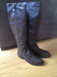 NEW Riding boots knee-high