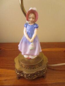 Lot of 2 Vintage Royal Doulton Figurines Lamp