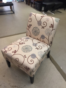 Like NEW- Lifestyle Lounge Chair ON SALE