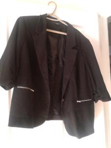 Plus size 3/4 sleeve blazer