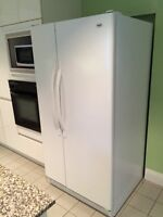 I Réfrigérateur Inglis/Whirlpool Model 22 cu.ft