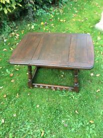 Priory oak swivel top table