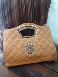 Tan Purse • NEW