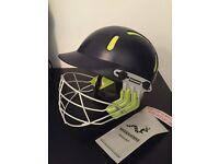 Kids adjustable cricket helmet