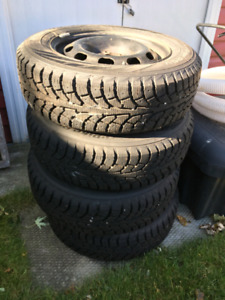 Snow tires and rims 195/65/r15