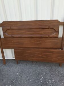 Solid wood double size bed London Ontario image 3