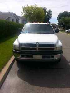 Dodge Ram Dually diesel 3500 1998