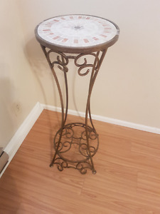 Beautiful tiled-top plant stand