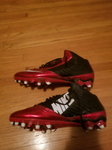 Nike cleats size 12
