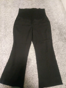 Maternity Pants in Medium