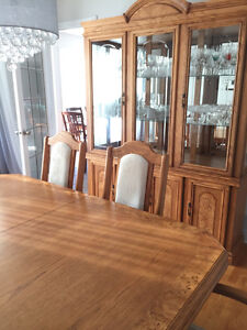 Table de salle a manger buy and sell furniture in ottawa for Chaise de salle a manger kijiji