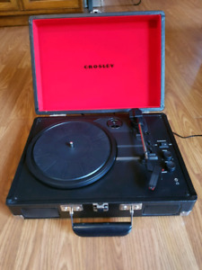 Crosley Turnable with Bluetooth