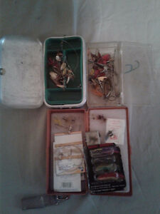 LOT #1   FLY FISHING FLIES & LURES