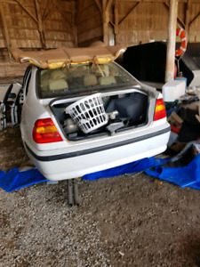 2002 BMW 325xi parts car ENTIRE CAR not parting out...trades?