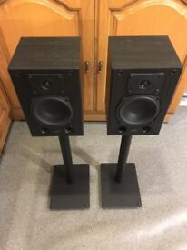 Speakers and speaker stands