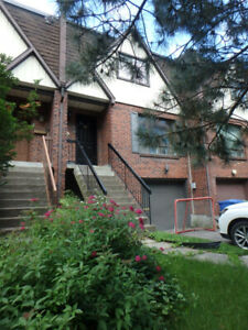River-view Townhouse in Pointe-Claire for Lease