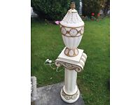 Lamp and stand set cream and gold