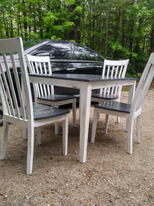 Table chairs reduced 125.00
