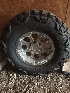 Nitto mud grappler NEW with new rim 6 bolt