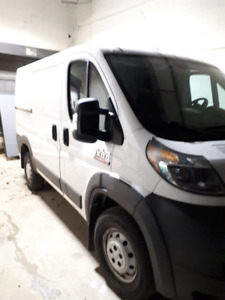 Dodge Pro Master, 2014 with 152 000kms.