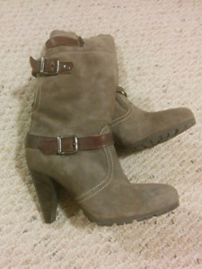 Cute womens boot with heel