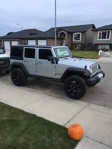 2012 Jeep Wrangler Sport unlimited SUV, Crossover
