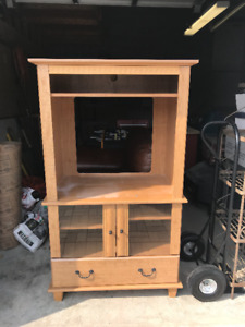 TV Hutch/Stand with drawers