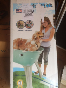 Do it yourself dog wash adopt or rehome pets in ontario kijiji pet dog bath grooming wash tub nib large elevated blue solutioingenieria Choice Image