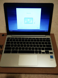 ASUS C201 CHROMEBOOK 11.6 INCH (4 MONTHS OLD, IN SUPERB COND.)
