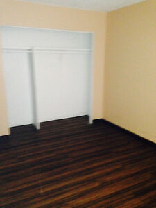 3 bedroom apt $950 Moose Jaw Regina Area image 5