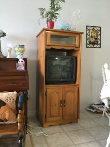Solid wood tv stand comes with Tv