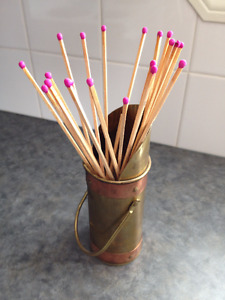 BRASS & COPPER FIREPLACE MATCHSTICK HOLDER