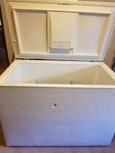 Kenmore - 10.5 Cubic Ft Frost Free, Deep Freezer