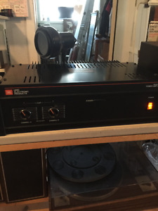 Excellent JBL 6230 STEREO POWER AMPLIFIER