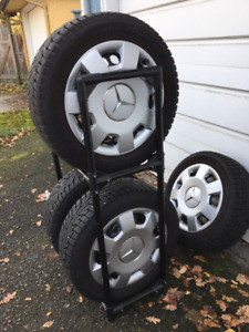 Snowtires Hancock 205/55R16 94T and MB B200 rims and hubcaps