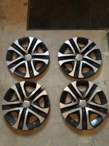 "Set of '16 '17 '18 Toyota RAV4 LE, 17"", 5 Spoke Hubcaps"